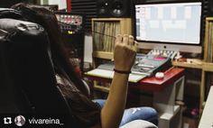 #Repost @vivareina_  En proceso nuevos temas!! Foto en @showtimeestudio con @bighozone al sonido y @yenelderawmotion con fotos y video!  P R O N T O ! ! !