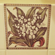 """This holiday house has the cutest tiles! #botanical #daylesford #accenttiles #decor #country"""