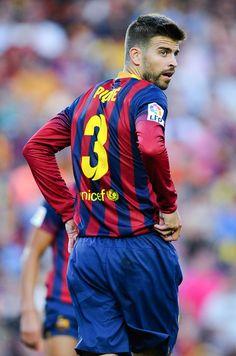 Gerard Pique Photos - Levante UD v FC Barcelona - La Liga - Zimbio