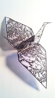 3D paper cutting art: Origami crane by Uni                                                                                                                                                     もっと見る