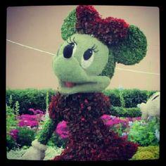 Minnie Mouse topiary at Epcot Disneyworld