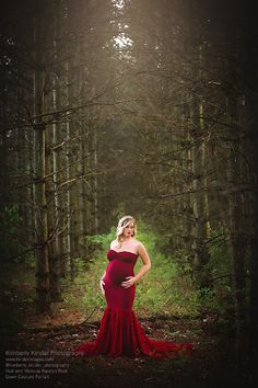 Maternity session with mermaid gown. Kimberly Kinder Photography Fort Wayne Indiana