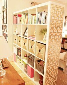 Klasszikus kettő az egyben. Könyvespolc és térelválasztó. Fotó: pinterest.com