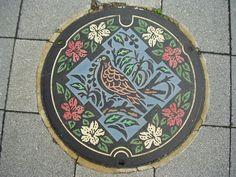 Japanse putdeksels - Japanese manhole covers Ikeda city, Osaka pref