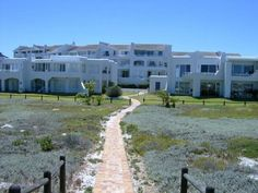 3 bedroom flat in Melkbosstrand and surrounds, , Melkbosstrand and surrounds, Property in Melkbosstrand and surrounds - S716186