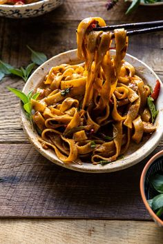 side angled photo of Better Than Takeout Thai Drunken Noodles with chopsticks pulling noodles out of the bowl to eat Asian Recipes, New Recipes, Dinner Recipes, Cooking Recipes, Healthy Recipes, Ethnic Recipes, Healthy Food, Fudge Recipes, Dessert Recipes