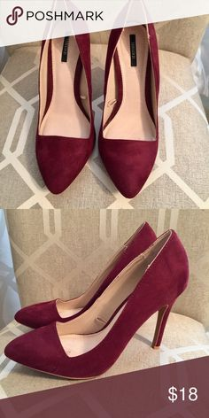 Forever 21 Pointy Toe Pumps Forever 21 Pointy Toe Wine Colored Pumps in size 7.5.   Great condition, great for fall!🍁🍂 Forever 21 Shoes Heels