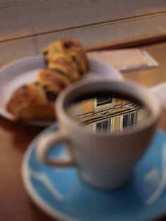 http://th01.deviantart.net/fs12/PRE/i/2006/309/c/6/coffee_by_sofus85.jpg