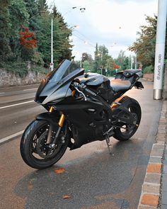 Yamaha R6, Ducati Motorcycles, Yamaha Motorcycles, Motorcycle Types, Motorcycle Bike, Motorcycle Quotes, Moto Biker, S1000r, Power Bike