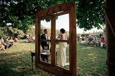 blog-mariage-la-mariee-aux-pieds-nus-mariage-recup-retro-brocante-Elena-FLEUTIAUX