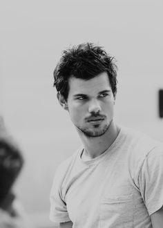 Taylor Lautner | Ethnicity: Austrian, British, German, Swiss-German, French