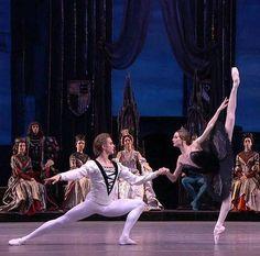 """<<Svetlana Zakharova and Denis Rodkin (Bolshoi Ballet) # """"Swan Lake"""">>"""