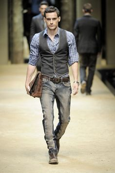 Vest and shirt with jeans