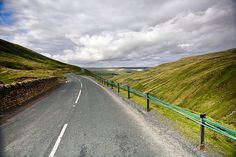 In the heart of the Yorkshire Dales, Buttertubs Pass winds its way from Thwaite where the road finally. Cornwall England, Yorkshire England, Yorkshire Dales, North Yorkshire, Oxford England, London England, Skye Scotland, Highlands Scotland, Roads And Streets