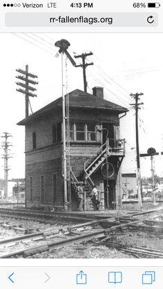 Old Train Station, Train Stations, Gandy Dancer, Railroad Companies, Old Trains, Steam Locomotive, Train Tracks, Model Trains, Bald Eagle