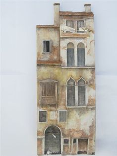 Venetian Facade, Camaregio by Tom Sutton