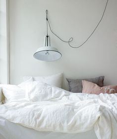 Van een comfortabel bed tot poef, van kledingrek tot dekbedhoes, je slaapkamer is om te vtwonen.