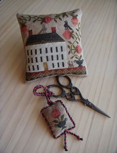 Koala's place - CrossStitch&Patchwork & Embroidery: Strawberry House (by The Scarlett House for Colonial Gatherings Club 2014)