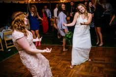 Looking For The Ultimate Best Friend Wedding Songs Playlist This Article Provides You Some Of