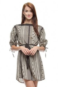 3/4 SLEEVE PRINT DRESS WITH SHOULDER BUTTON DETAIL If you love dresses salediem has the look for Fall #salediem #fall#fashion. Shipping is FREE!
