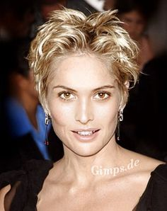 Super Short Hairstyles For Women Short Sassy Haircuts, Short Hairstyles For Thick Hair, Short Curly Hair, Messy Hairstyles, Hairstyle Short, Short Wavy, Short Pixie, Edgy Pixie, Shaggy Haircuts