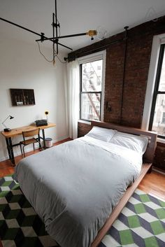 Ganhe uma noite no Designer's Sunny EV Oasis w/iPhone - Apartamentos para Alugar no Airbnb!