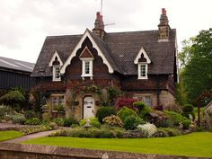 What a nice country house! Ilam, Peak District, #England, #UK