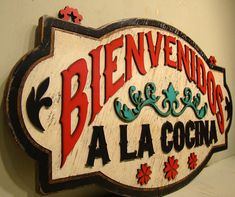 Bienvenidos a la Cocina Rustic Sign Vintage by TheGlitteredPig - Kitchen Decor Magazine Mexican Style Decor, Mexican Style Kitchens, Mexican Kitchen Decor, Chef Kitchen Decor, Kitchen Decor Themes, Rustic Kitchen, Spanish Kitchen Decor, Hacienda Kitchen, Mexican Style Homes