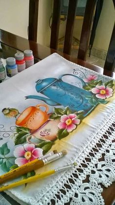 Tole Painting, Fabric Painting, Embroidery Stitches, Watercolor Art, Fantasy Art, Decoupage, Diy And Crafts, Stencils, Table Decorations