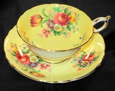 Paragon tea cup and saucer YELLOW gold gilt rose chintz teacup wide mouth Coffee Cups And Saucers, Tea Cup Saucer, Yellow Cups, Vintage Cups, Vintage China, Rose Tea, My Cup Of Tea, Sweet Tea, Tea Sets