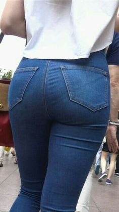 Belle Nana, Pernas Sexy, Sweet Jeans, Chica Cool, Patterned Jeans, Curvy Jeans, Skinny Jeans, Denim Jeans, Sexy Skirt