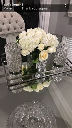 Tabletop Decor: Homsense Vases + Mirror Tray, on Home Decor Ideas 9781 Table Decor Living Room, Glam Living Room, Glamour Décor, Hollywood Glamour, Mirror Tray, Mirrored Tray Decor, Silver Tray Decor, Mirrored Coffee Tables, First Apartment Decorating