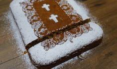 Η πιο νόστιμη συνταγή για φανουρόπιτα με 9 υλικά!   ediva.gr Tiramisu, Recipies, Cake, Ethnic Recipes, Desserts, Food, Kitchens, Recipes, Tailgate Desserts