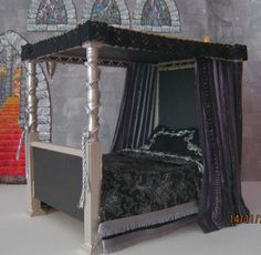 King poster canopy bed marble top 5 piece bedroom set for Victorian tudor suite