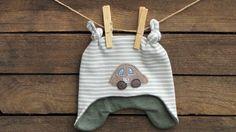 """Mützen - Zipfelmütze für Neugeborenes """"Rennauto"""", eisblau - ein Designerstück von -CALLiS- bei DaWanda"""