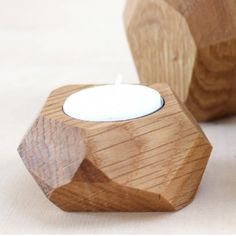 a faceted candle holder for tealights - Practical and decorative at the same time. Each piece is unique. The facets are cut according to the Wooden Projects, Wooden Crafts, Cnc Projects, Wood Tea Light Holder, Driftwood Lamp, Wooden Candle Holders, Stone Carving, Handmade Decorations, Candlesticks