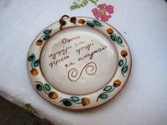 Plates On Wall, Ceramic Pottery, Decorative Plates, Ceramics, Unique Jewelry, Handmade Gifts, Vintage, Etsy, Ceramica