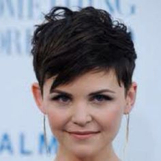 such a cute pixie cut, but i dont think i could ever be this brave