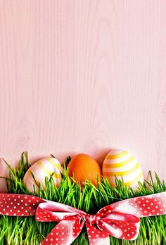 Easter Wallpaper, Iphone Wallpaper, Boxing Day, Easter Pictures, Graphic Design Posters, Holidays And Events, Easter Crafts, Happy Easter, Scrapbook Paper