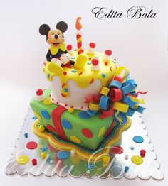 - Mickey mouse cake :)
