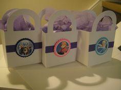 12x frozen theme party favor box/bag loot bags gift by filourelia, $9.83