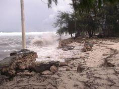 King tides hit Kiribati due to Cyclone Pam