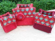 Red nesting bowls.