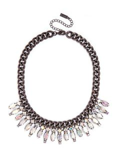 Shine bright like a diamond with our gorgeous crystal ray collar, crafted from alluring curb links and stunning marquise crystals.