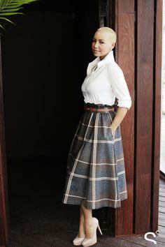 love that skirt...