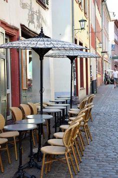 Mein Heidelberg – 11,5 Tipps für Eure Städtereise! – Unterfreundenblog Restaurant, Mirror, Furniture, Home Decor, Old Town, Heidelberg, Tips, Decoration Home, Room Decor