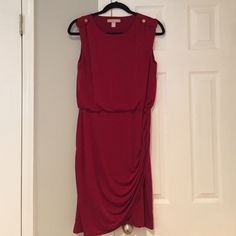 Banana Republic Ruched Tank Dress Deep red tank dress from Banana Republic. Gold button tab detail at shoulders. Gathered, bloused waist and ruching on skirt. Great condition (worn twice) except for one tiny pull on top (pictured). Polyester/spandex blend. Smoke free, pet free. Banana Republic Dresses Midi