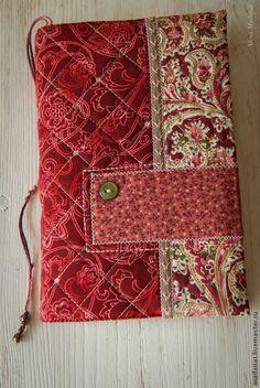 """Обложка для книги """"Красная прекрасная!"""" - ярко-красный,обложка для книги"""