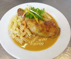 Denné menu Vranov | Dusené kuracie stehno na paprike, cestoviny #DenneMenu #Restauracia #ObedoveMenu #DenneMenuVranov Denné menu Vranov
