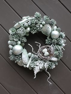 WinterMint Pinecone Wreath - by TwigTherapy on Etsy